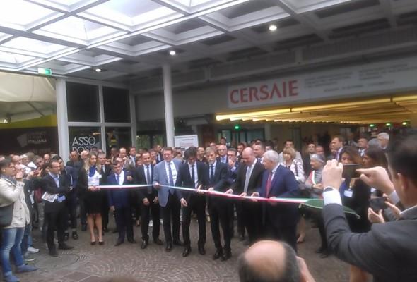 Cersaie inaugura con il Ministro Carlo Calenda, Lisa Ferrarini, Giorgio Squinzi