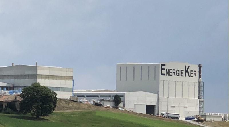 Con SACMI, ENERGIEKER punta sul mercato delle grandi lastre,